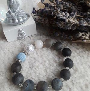 Jewelry - Beads bracelets